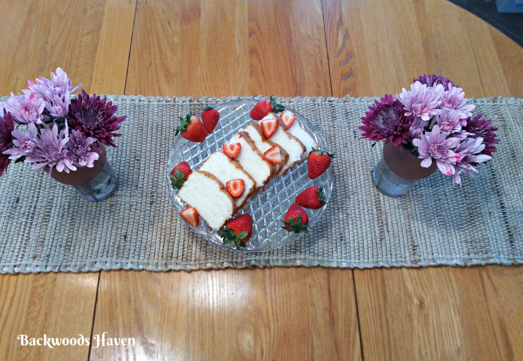 STRAWBERRY SHORTCAKE CENTERPIECE FOR MOTHERS DAY TABLESCAPE