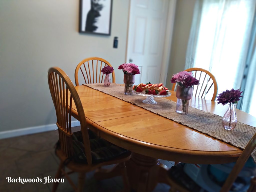 A SIMPLE MOTHERS DAY TABLESCAPE