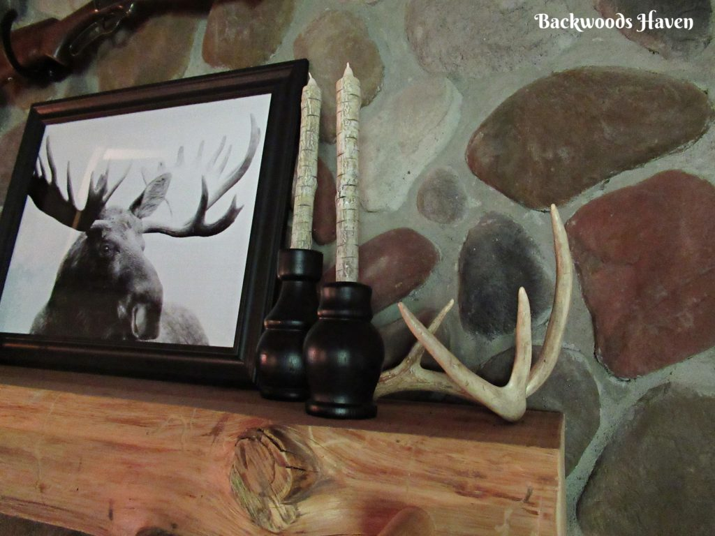 creative ways to use antlers in decor. antler on mantel